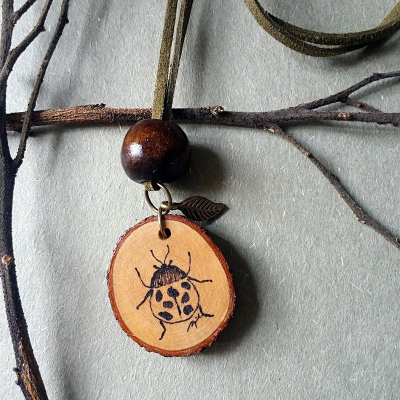 Hand-painted necklace / pendant (beetle)