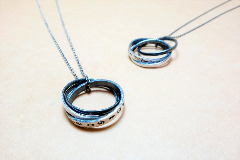 Sterling silver three-ring digital password necklace / ring 2200 yuan lettering service