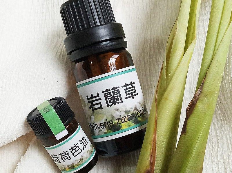 5ml 岩蘭草精油 (附贈 3ml的冷壓荷荷巴油)