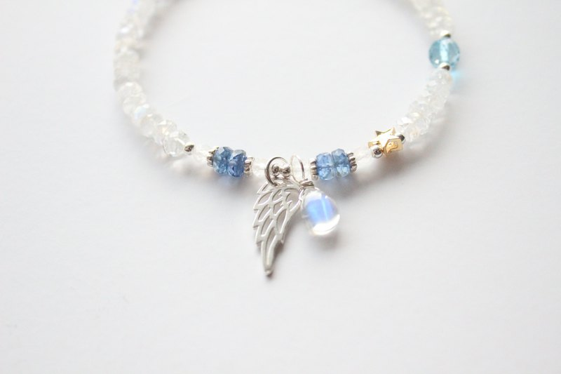 Journal Snow Night Frost / Natural Moonstone, Kyanite Small Wing Fairy Sterling Silver Bracelet
