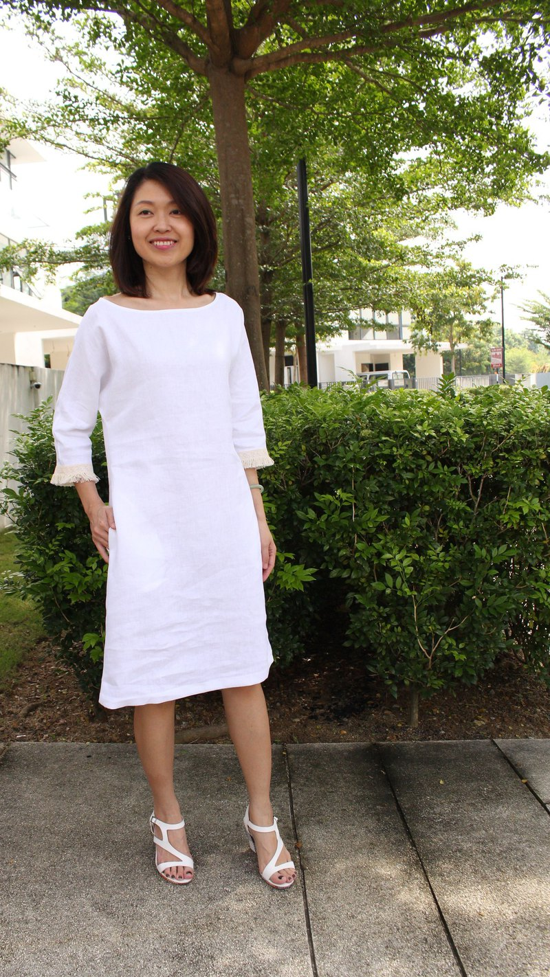 Linen Dress /Boat Neckline Linen Dress /Laced Sleeve Detail /3/4 Sleeved EP-D645