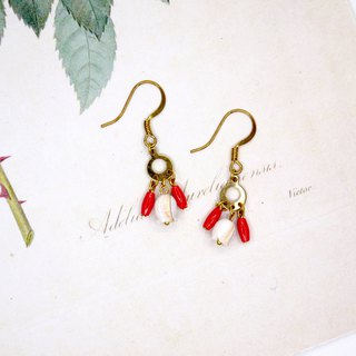 Tulip coral earrings ear clip