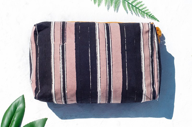 Handmade woodcut printed camera bag / woodcut printed cosmetic bag / mobile phone bag / sundries bag / tassel clutch bag-stripes