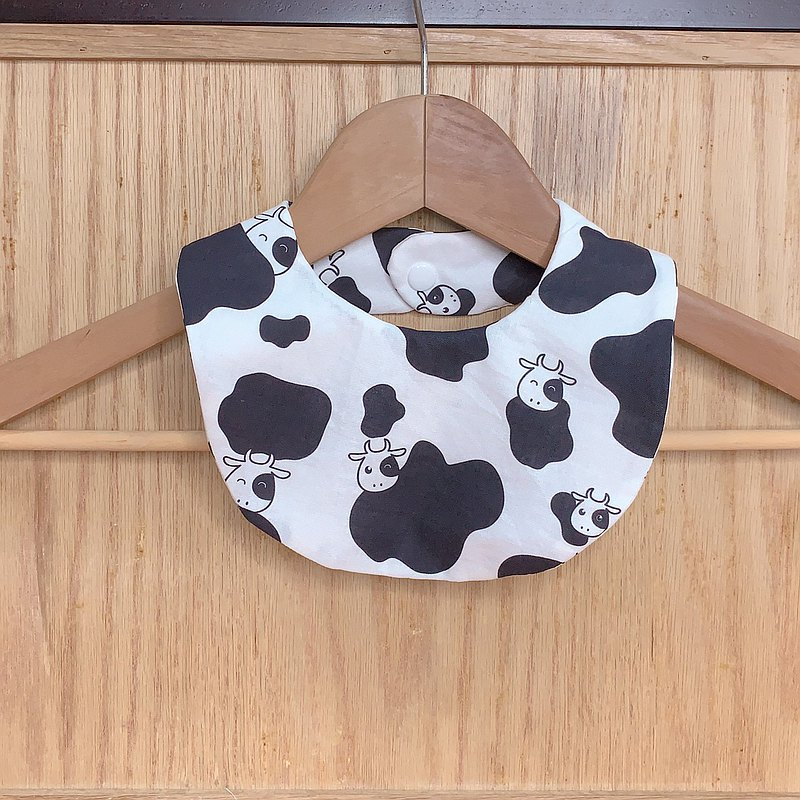 Cow-bib pocket/saliva towel