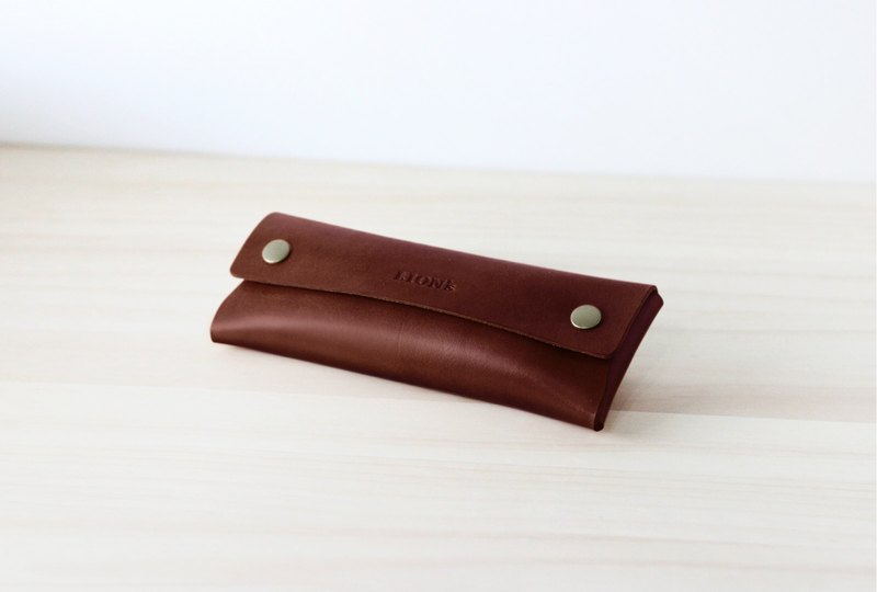 LIONs Handmade Leather Pencil case Snap button (Brown)