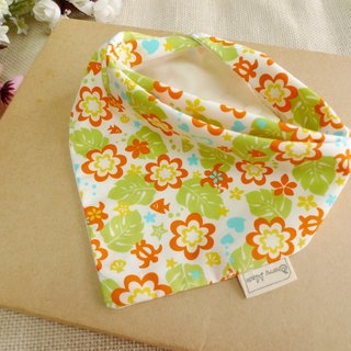 Triangle mouth towel - flowers blossoming