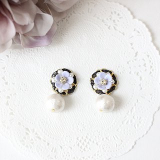 Lavender color flowers and bijou and cotton pearl earrings