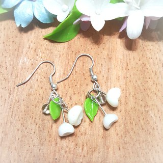 Campanula Q version earrings / ear hook / ear clip