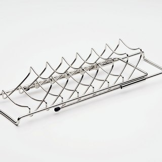 Stainless steel dish rack cover structure special design strong integration large and small pan can be placed behind the pot cover rear stretch wire can stretch according to the situation can be placed across the basket drain rack