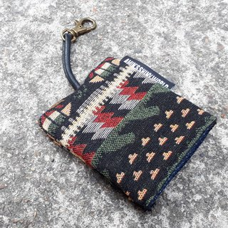 AMIN'S SHINY WORLD Handmade ethnic wind knitting key bag 01