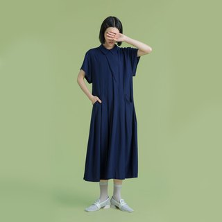 Tan tan / dark blue dot pleated dress