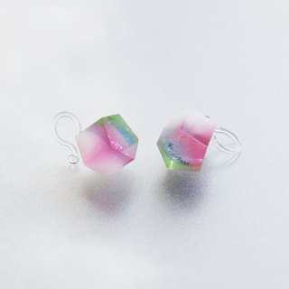 Clear Resin Earrings ▽ 130 / Such a Fragile Flower  ▽ Single Stud