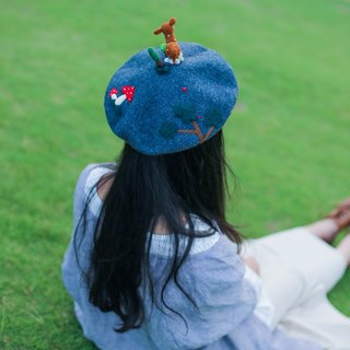 Original handmade wool felt needle felt beret painter cap hat Christmas gifts Christmas gifts elk
