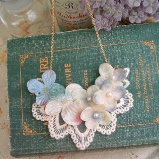 Garohands retro blue and green hydrangea flower fairy feel gift of long chain A465 Department of Forestry