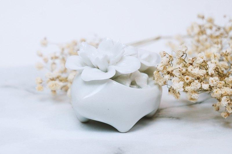 AKAMU 這地 - 盛開的刺蝟 - 白子 - 飾品 擺飾 家飾 婚禮 禮品