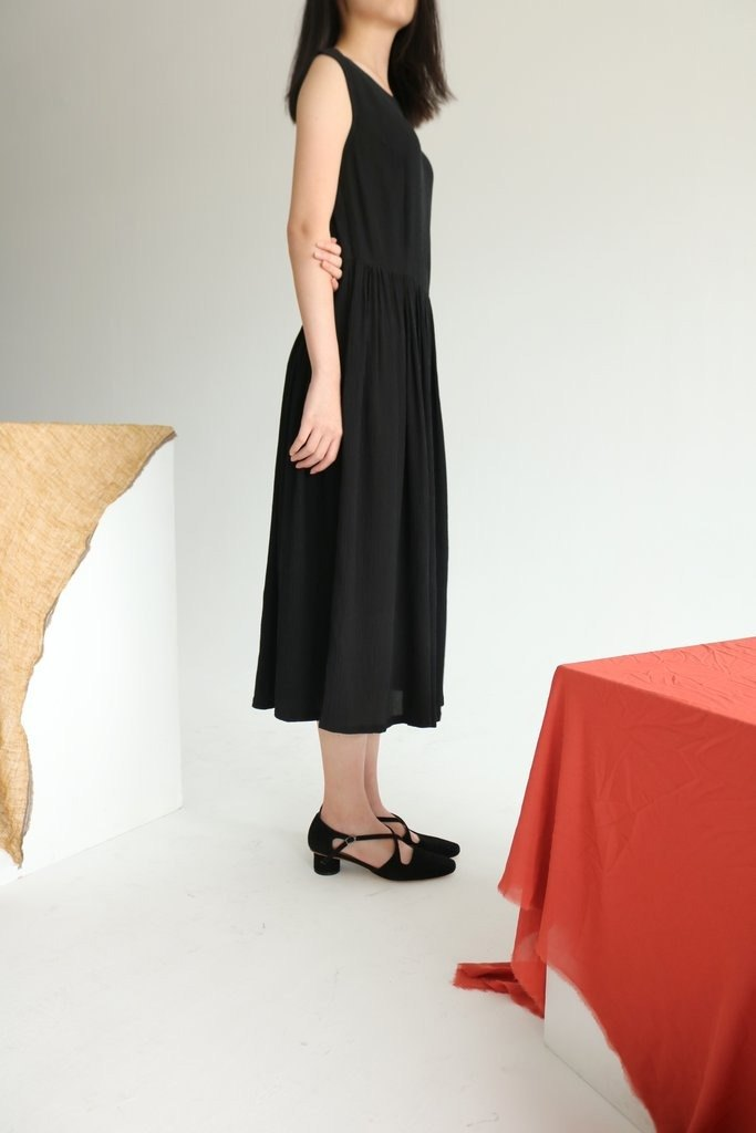 Rania Dress 皺褶絲黑色露背禮服 (可訂做其他顏色)