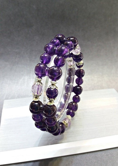 """Central Link"" - Amethyst sterling silver bracelet Hong Kong original design"