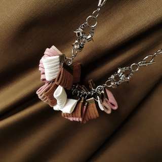 AUDREE Necklace :PINK
