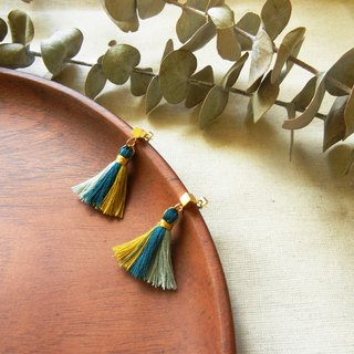 *coucoubird*party - tri-color tassel earrings / yellow blue