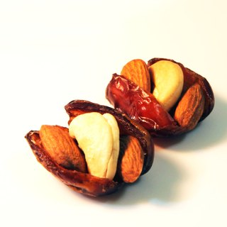 Jujube almonds cashew Almond Dates Cashew / 220g boxed