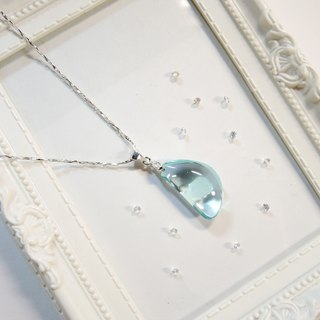 """Ice Crystal ice"" elegant sea-blue glass necklace - mysterious crescent -N3"
