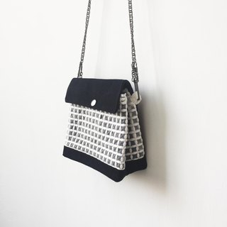 quilted clutch / chain bag / shoulder bag/with chain