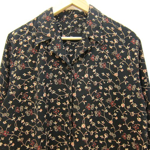 Cuori❀ want to spend the night neutral vintage shirt in Korea