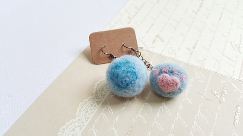Original wool felted cat ball double sided earrings (single area, can be changed folder type Oh!)