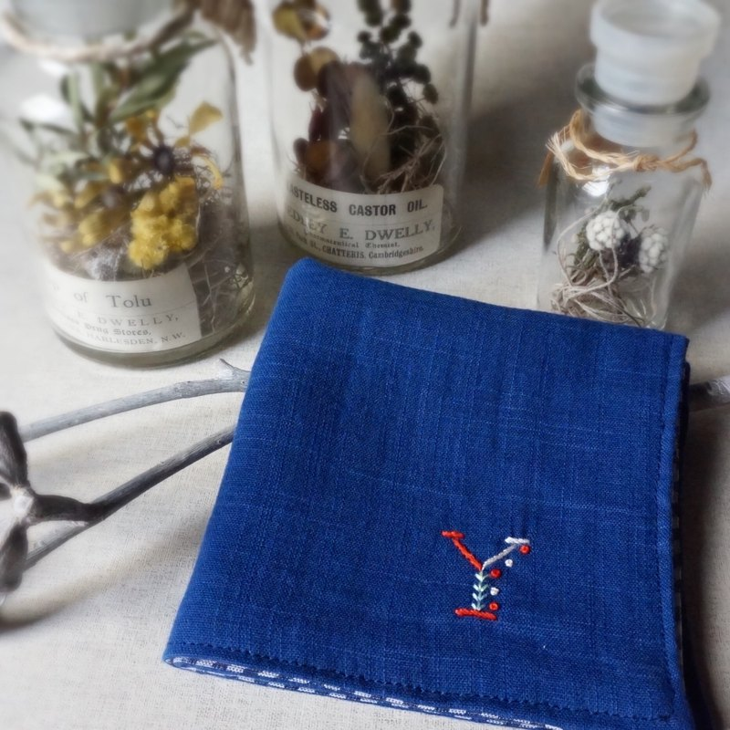 Hand embroidered quadruple gauze handkerchief initialAGINQVY(order-receiving)