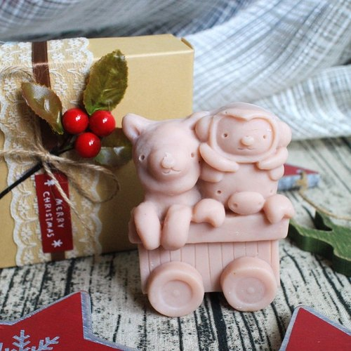Handmade Christmas Train] [Leian Bo. Christmas gift exchange │ │ │ gift soap oil soap