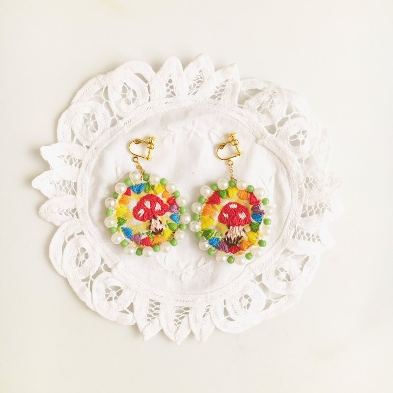 (Christmas gift exchange) Independent Original Series · Mushrooms Mushroom Colorful embroidery flag embroidery earrings