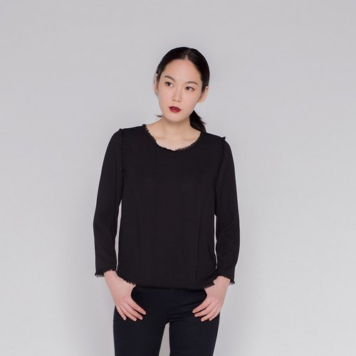 Alternative long-sleeved shirt female fringe Alternative Girl Wash Fringe Long Sleeve Top Black