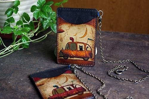 "Cat Pass Case S ""Riding a Car"" With Chain"