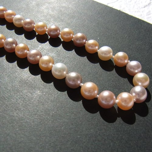 [One of a kind] freshwater pearl multicolor necklace (all knots)