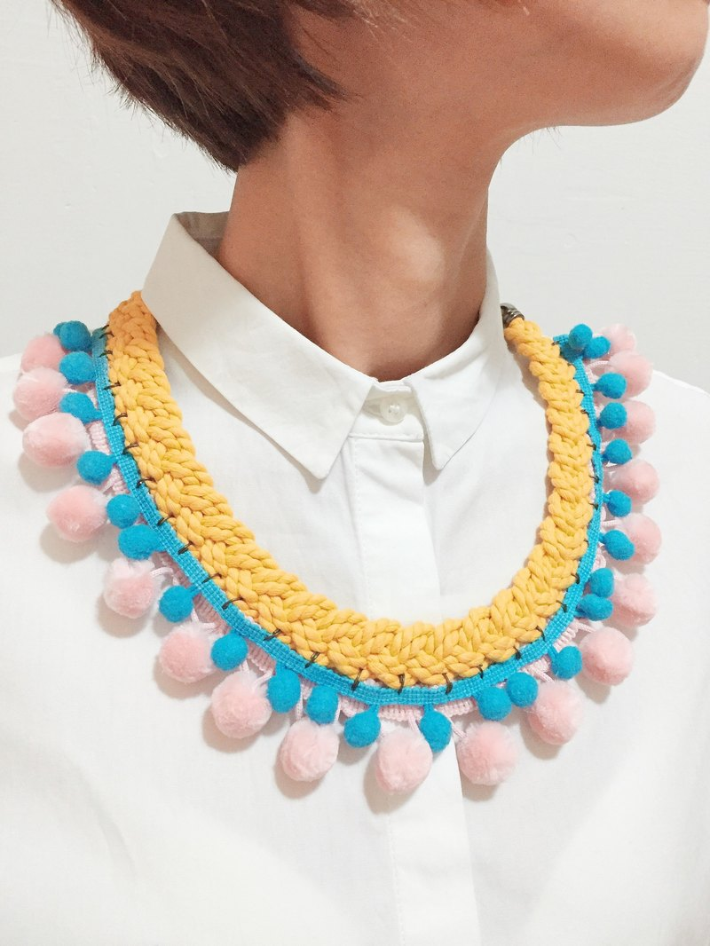 Handcrafted Geometric Pom Pom Necklace - Ditto