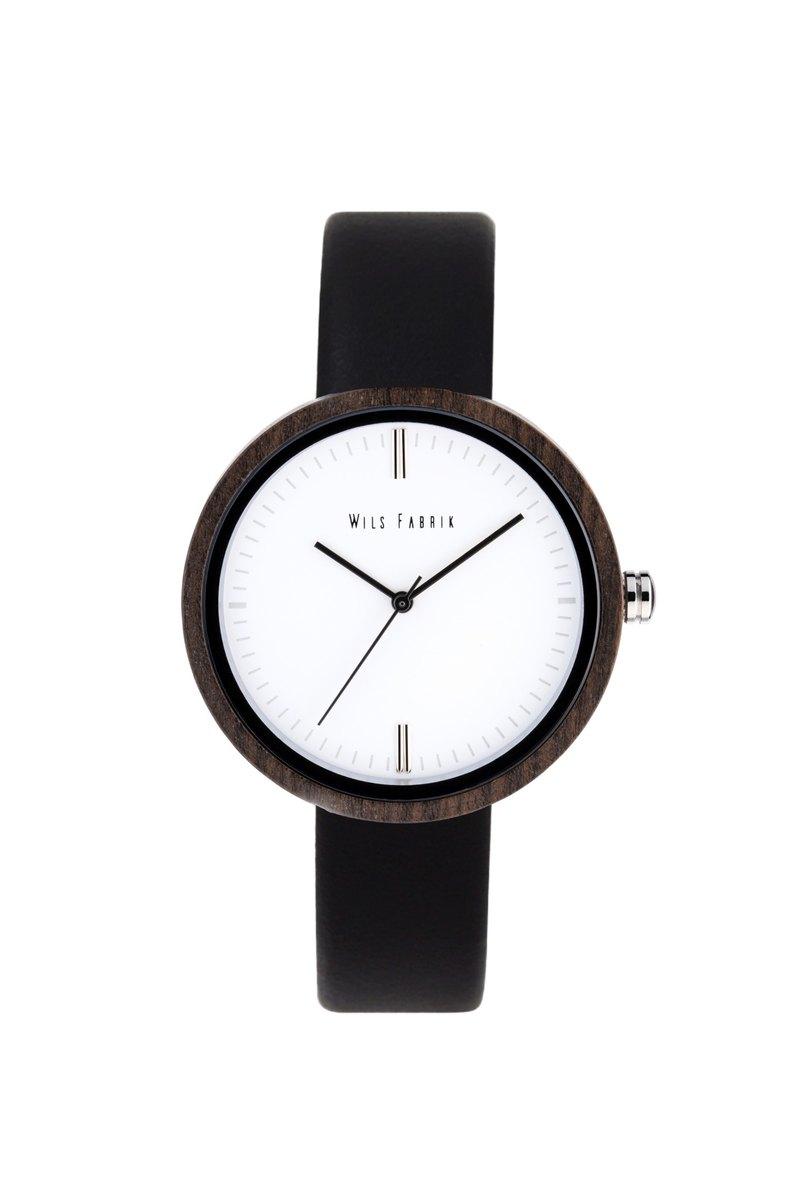 Zeon Black 黑檀木殼黑色油鞣皮革腕錶