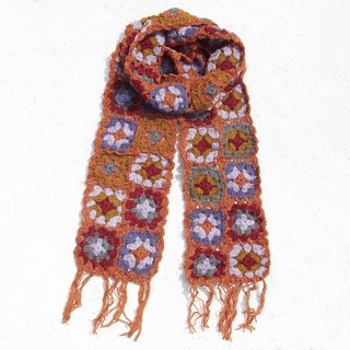 Christmas gift limited a hand hook woven wool scarf / flower hook woven scarf / hook woven scarf / hand woven scarf / flower woven stitching wool scarf - orange Nordic forest wind flower scarf