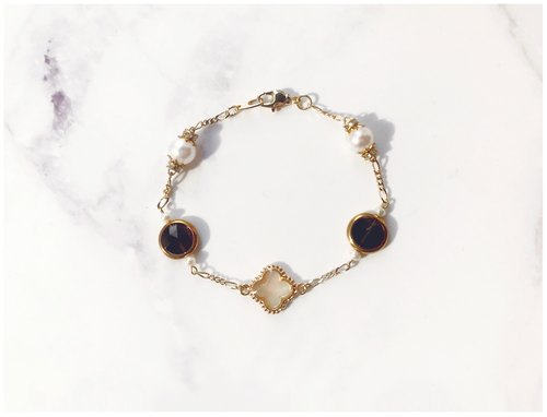 + Mother of pearl Clover ‧ crystal ‧ pearl ‧ gold-plated bracelet +
