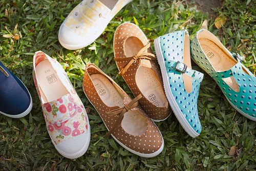 【1180 outsole shoes last release】 Japanese flower cloth shoes / canvas shoes / doll shoes