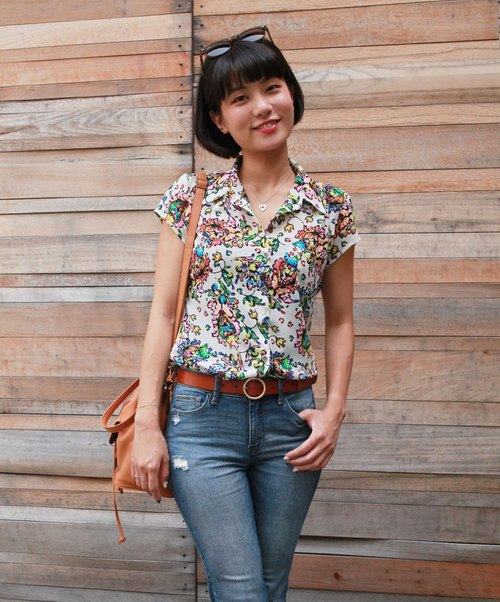 GT white flowers collar collar short sleeve shirt