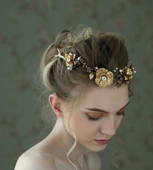 Lia ◆ retro wavy hair shining golden crown headdress handmade jewelry wedding bride marriage Fa ornaments outdoor photo freshwater pearl bridal headdress Rhinestones retro bridal hair accessories