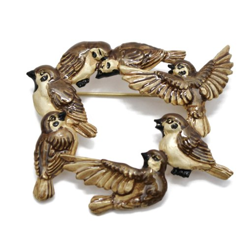 Sparrow's Meeting / sparrow meetings pin brooch PB093
