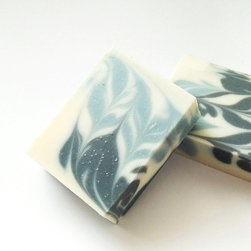 菱角按摩皂 / 精緻冷製皂