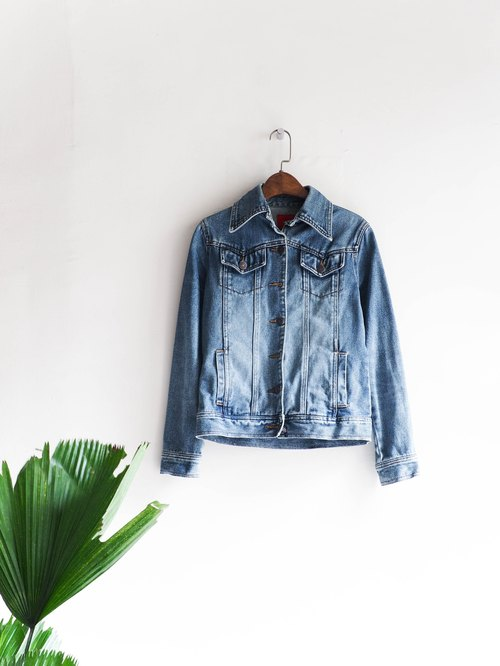 River Hill - Fukushima clear autumn day time light blue denim shirt jacket vintage antique neutral shirt oversize vintage denim