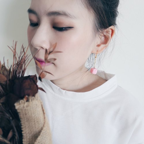 Cube Clay Hook Earrings - Jelly Pink