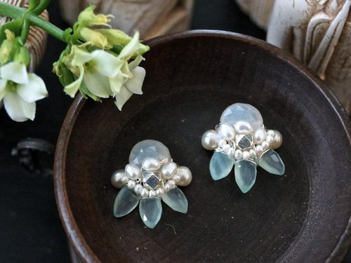 Moonstone, chalcedony, freshwater pearl Bijou stud earrings
