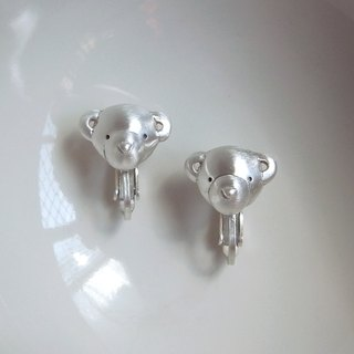 Teddy Bear ---E--- Clip-on Earrings--Sterling Silver--Silver Tiny Bear