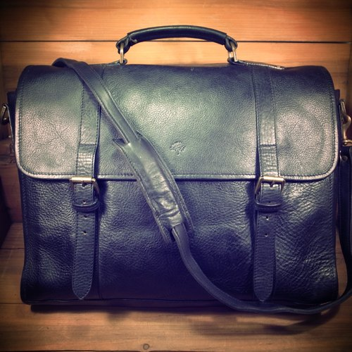 [Bones] mulberry black dorsal thick leather briefcase genuine antique print bag Vintage