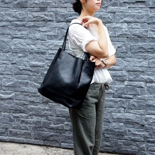Japanese refreshing female style shoulder tote bag Made in Japan by by LESS DESIGN