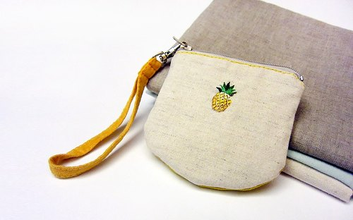 100% PURE Fruits semicircular horseshoe embroidery purse / pineapple